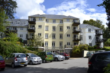 £80,000 - 1 Bedroom First Floor Retirement Apartment For Sale in Launceston area – click for details